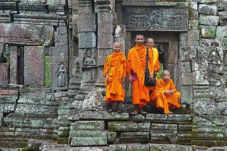 Buddhalaismunkkeja. Preah Pithu T, Angkor, Siĕm Réab, Kambodža