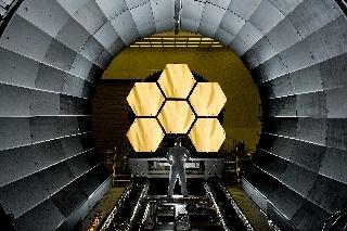James Webb -teleskoopin pääpeili
