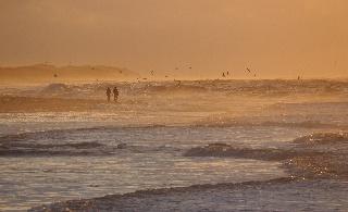 Pohjois-Vorupørin rannikko auringonlaskun aikaan (Tanska)